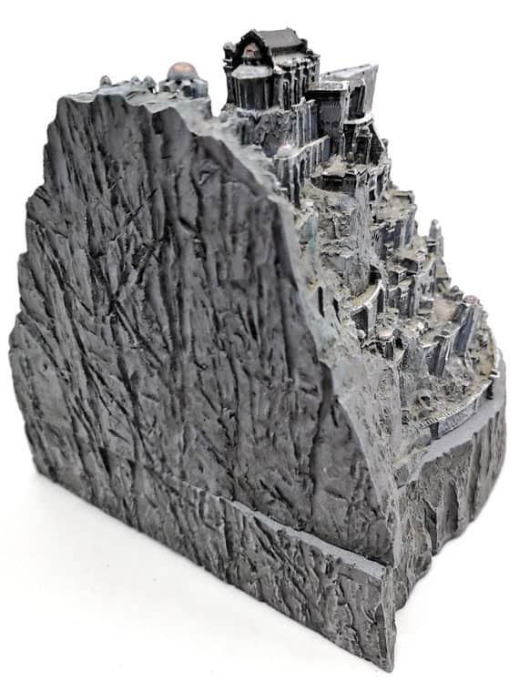 Minas tirith statue - Lord of the rings