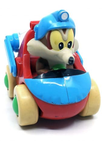 Wile E. Coyote i bil